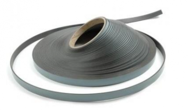 Mikronel magnetic tape-roll